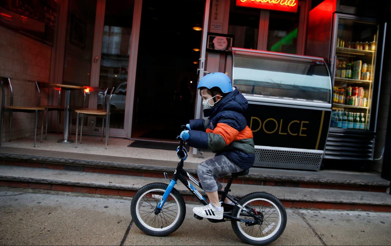 child-bike-boston-mask